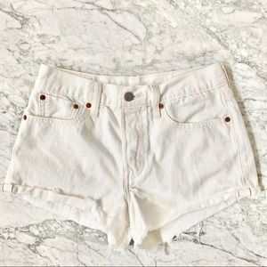 Levi's High Waisted White Denim Jean Shorts Sz 27